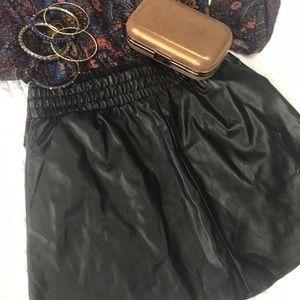 💎 BCBG black faux leather Laika mini skirt